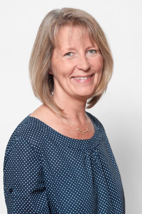 Tina Debeur